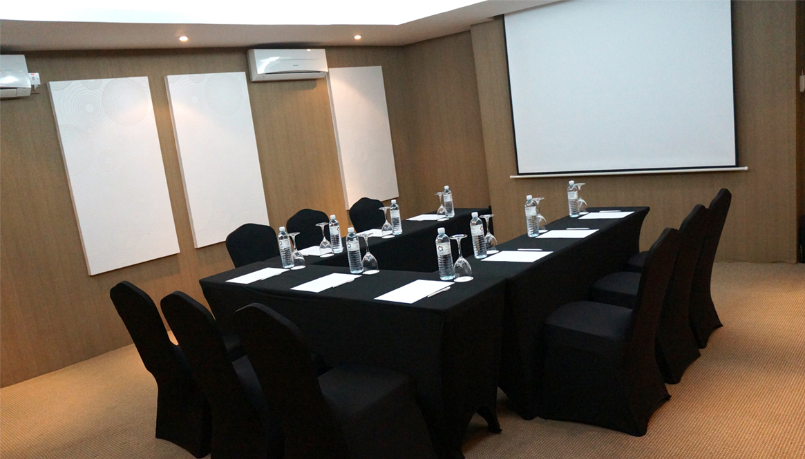 Meetings Events Star Lodge Brunei Darussalam - Mini conference table